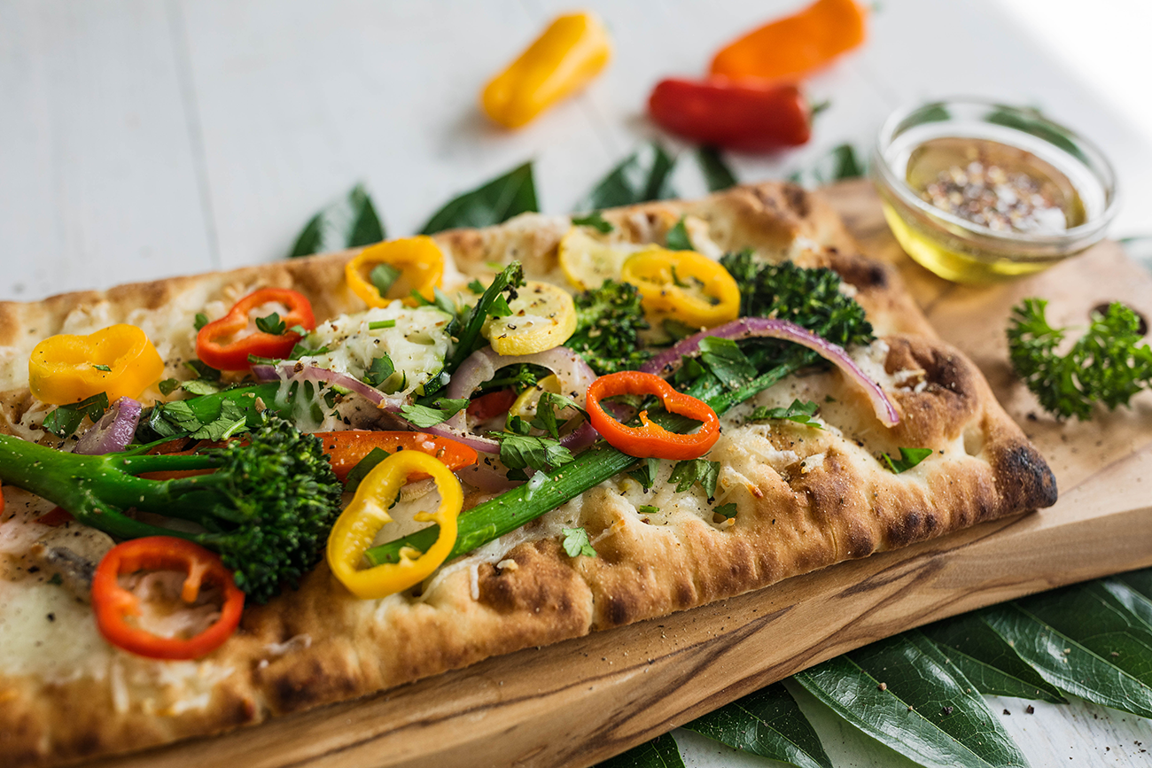 Farmer's Harvest Mini Sweet & Broccoletti Flatbread
